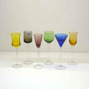 Set sei calici liquore assortiti per forma e colore