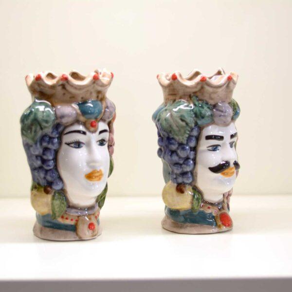 Teste di moro in ceramica con decorazione vintage.