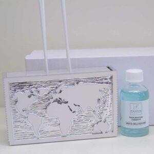 Profumatore completo di bacchette ed essenza Planisferio in resina argentata.