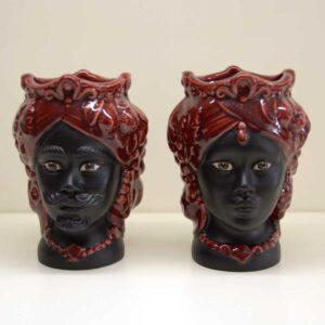 Coppia teste di moro in ceramica di Caltagirone nero/bordeaux